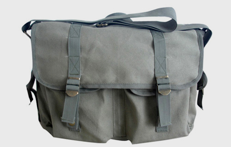 Washed canvas messenger bag CV130802